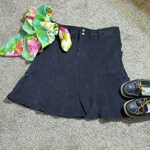 Athleta women skirt blue midi size 4